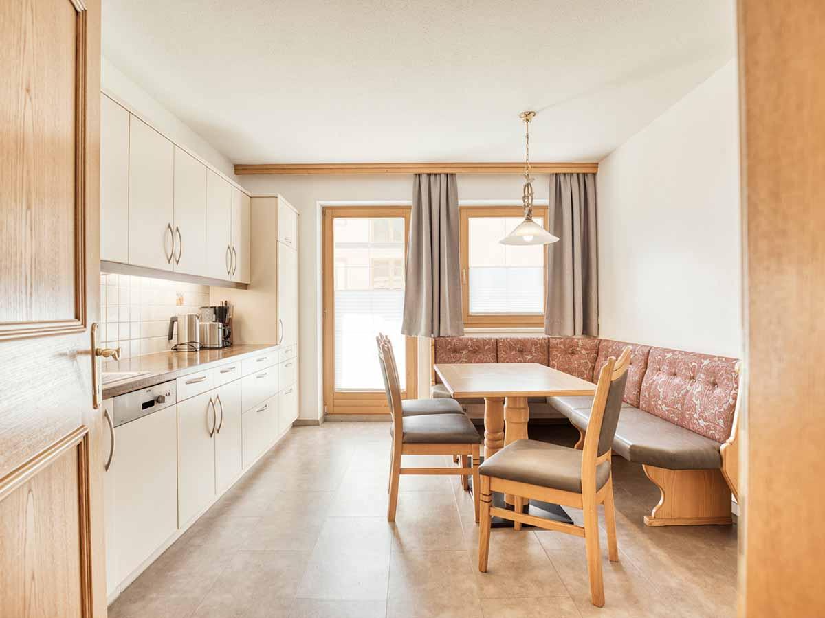 Appartement Anemone Badezimmer Landhaus Anja Appartements und Ferienwohnungen in Neustift Stubaital Tirol