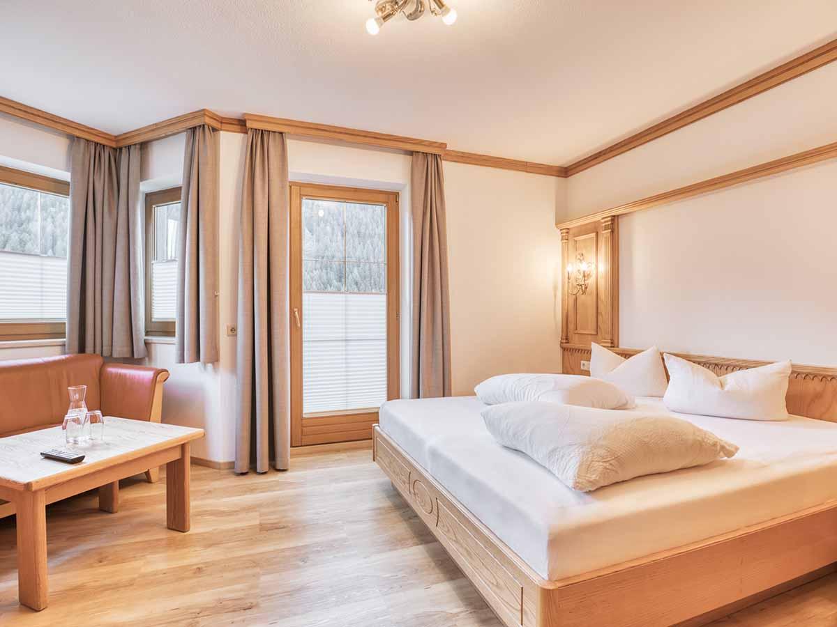 Komfortzimmer Landhaus Anja Appartements und Ferienwohnungen in Neustift Stubaital Tirol